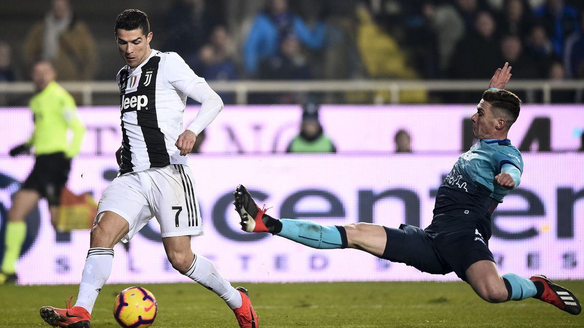 Ronaldo și Gosens, într-un Juventus - Atalanta