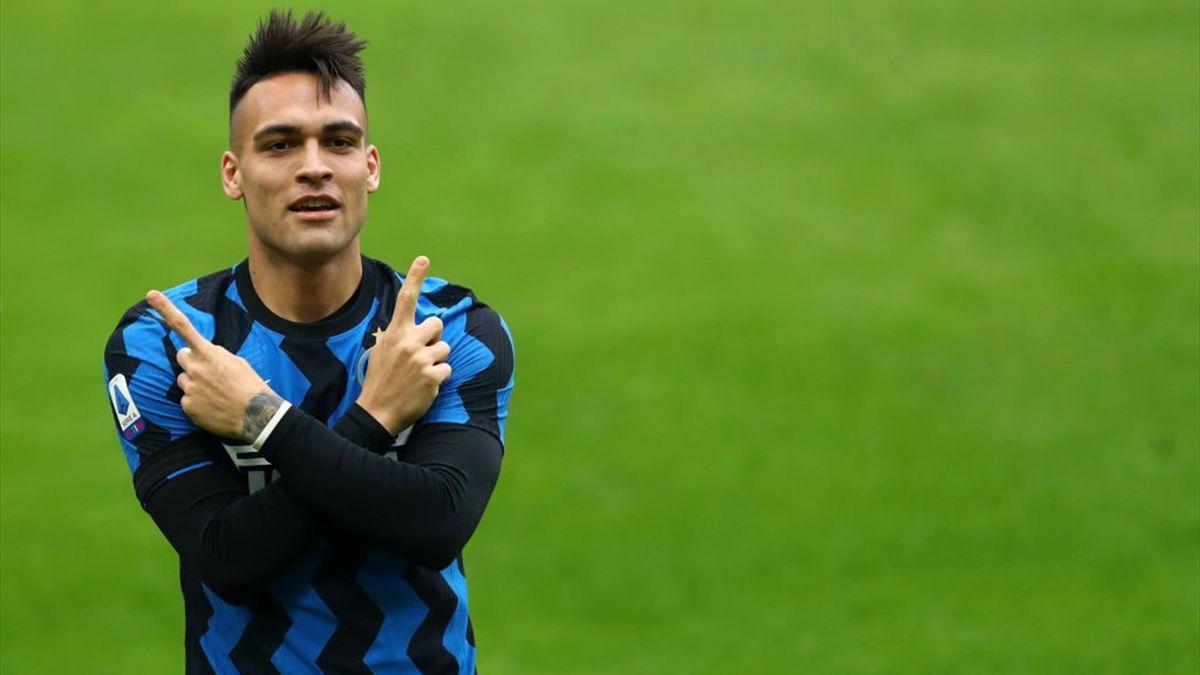 Lautaro Martinez a segno nel derby Milan-Inter - Serie A 2020/2021 - Getty Images