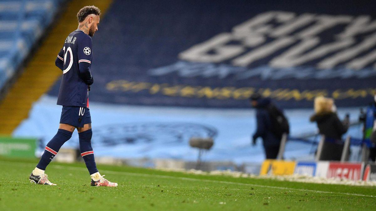 Neymar après l'élimination du PSG en C1 sur la pelouse de Manchester City.
