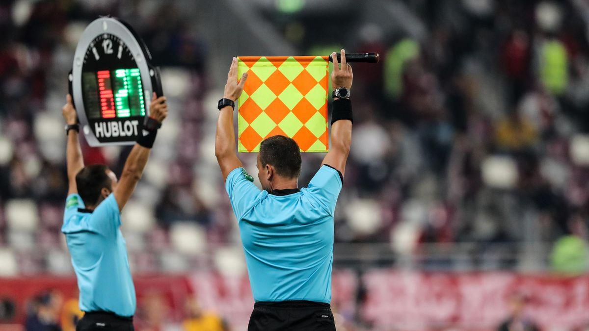 Una sostituzione in un match FIFA