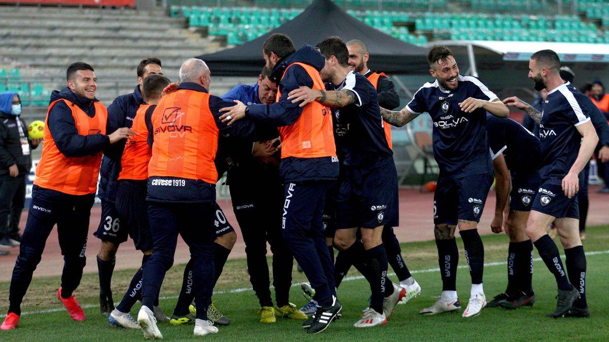 Cavese in lutto: muore il vice allenatore Antonio Vanacore