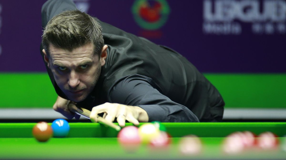 Mark Selby of England
