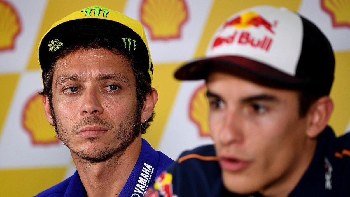 Valentino Rossi (Yamaha Factory) et Marc Marquez (Honda HRC) lors de la conférence de presse du Grand Prix de Malaisie 2016