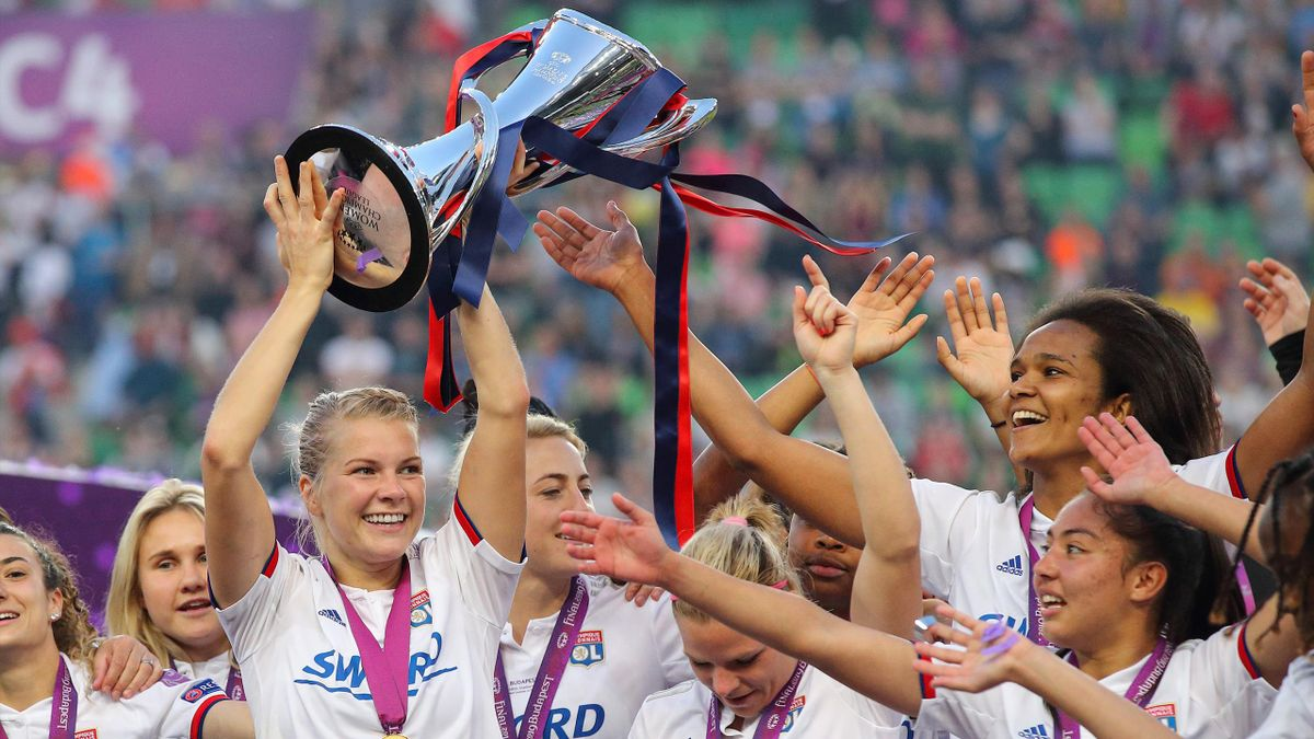 Ada Hegerberg of Olympique Lyonnais celebrates with the trophy after the UEFA Women's Champions League Final between Olympique Lyonnais v FC Barcelona Women at Groupama Arena on May 18, 2019 in Budapest, Hungary