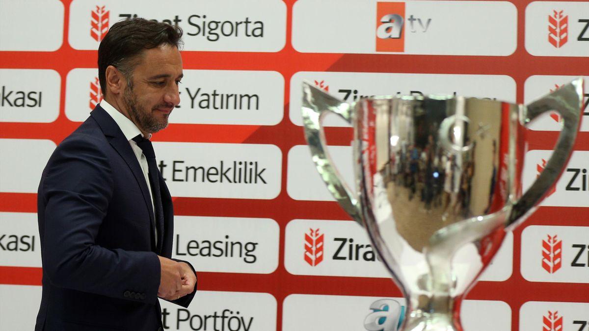 Fenerbahçe Teknik Direktörü Vítor Pereira