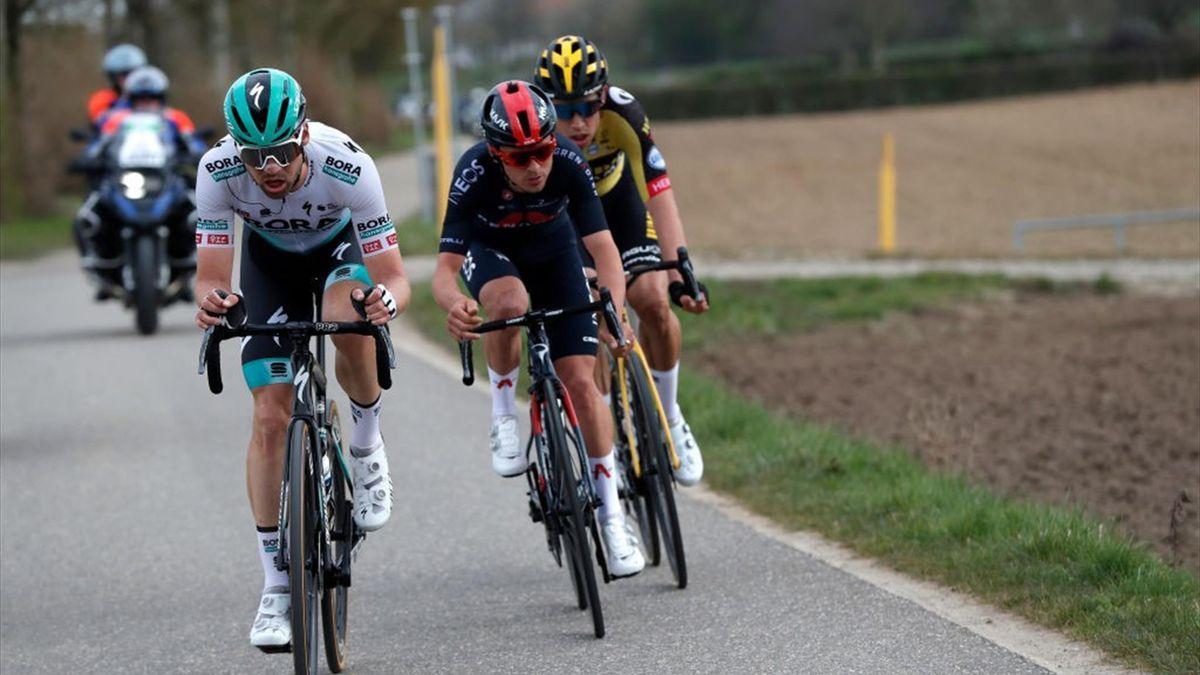 Maximilian Schachmann (vorne) beim Amstel Gold Race 2021