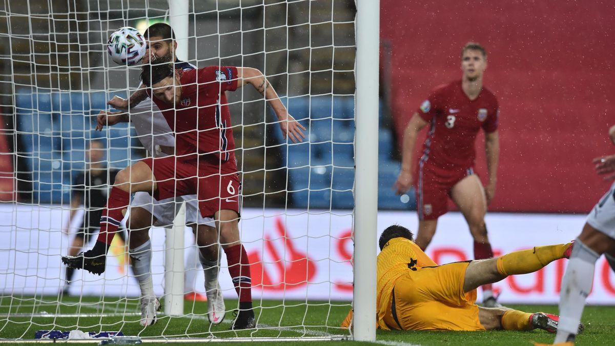Serbia scorer sitt andre mål mot Norge