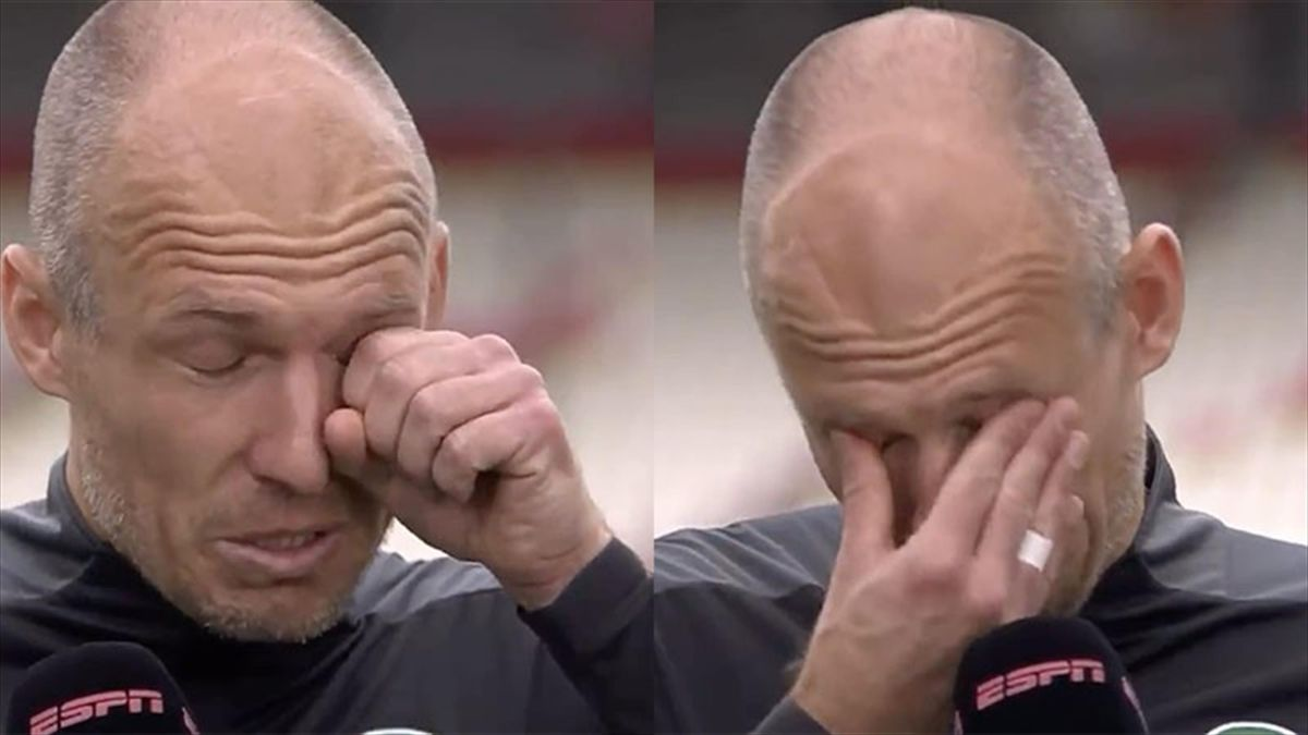Robben in lacrime al rientro in campo da titolare dopo tre anni