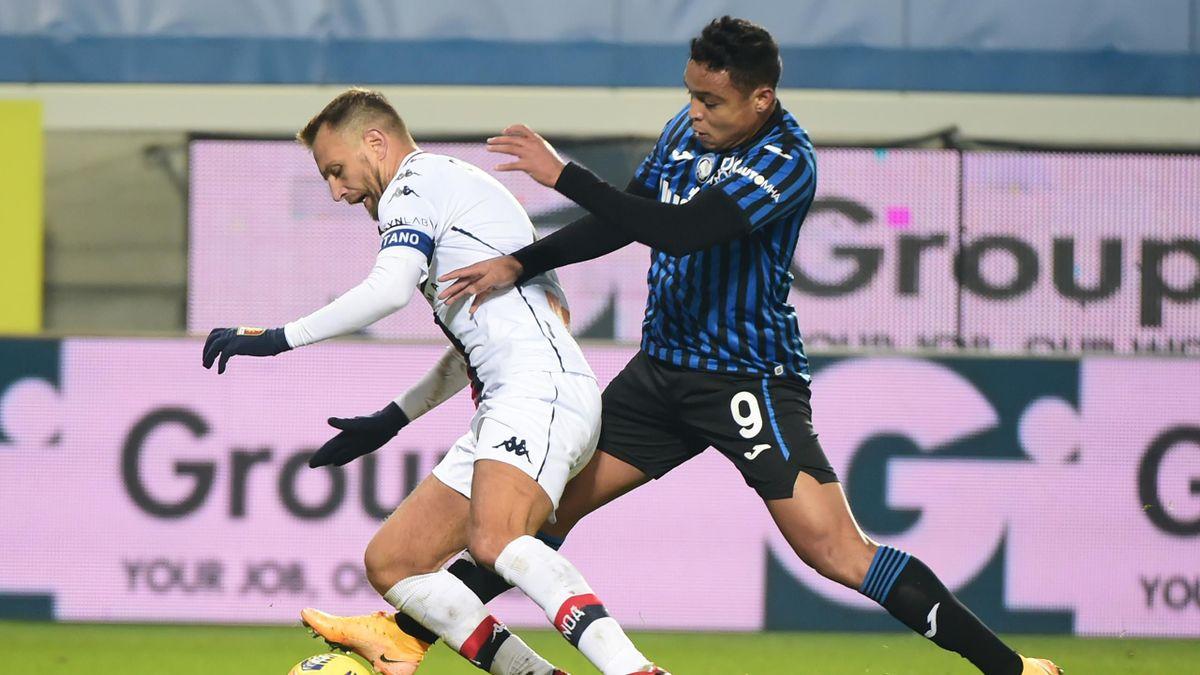 Atalanta-Genoa, Serie A 2020-2021: Domenico Criscito (Genoa) e Luis Muriel (Atalanta) (Getty Images)