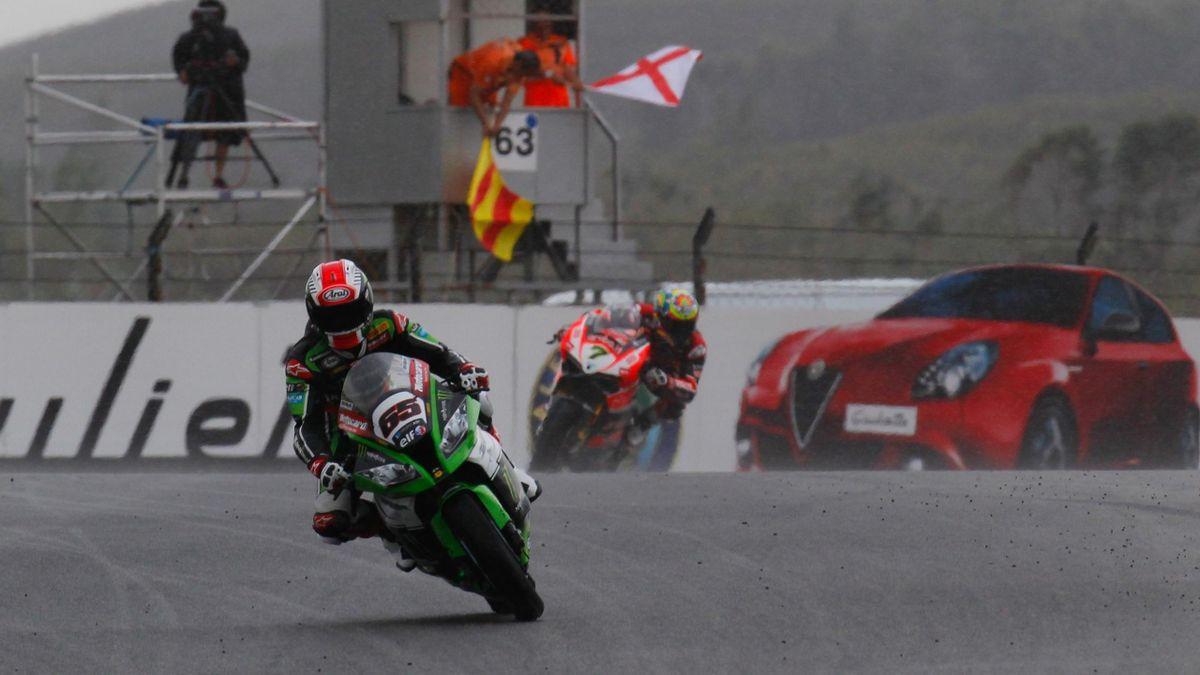 Jonathan Rea gewann im Regen von Portimao das Superbike-Rennen