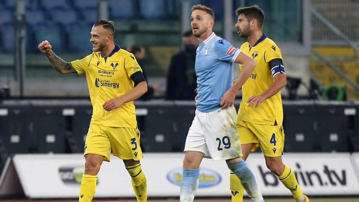 Lazio's defensive mishaps hand Verona 2-1 win - Eurosport