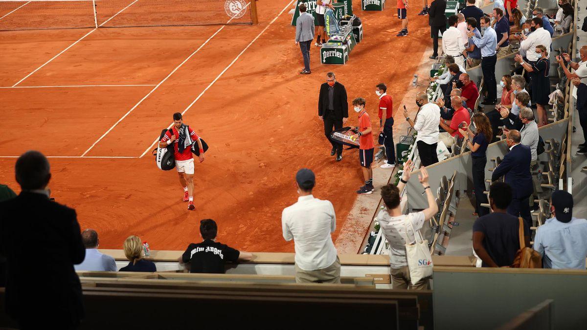 Djokovic părăsește Philippe Chatrier, după ce patida cu Berrettini a fost suspendată preț de peste 20 de minute