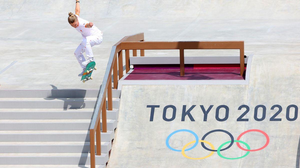 Roos Zwetsloot staat in de finale van het Street skateboarden op de Olympische Spelen
