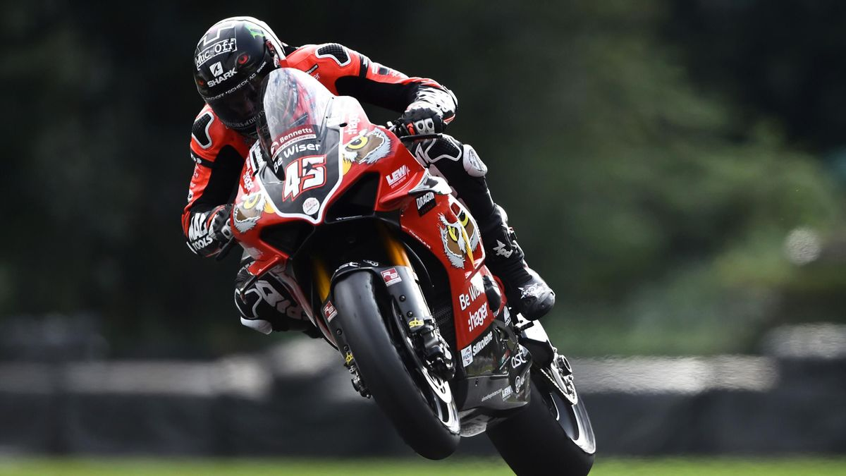 CHESTER, ENGLAND - SEPTEMBER 08: Scott Redding of Great Britain in action during the British Superbike Championship at Oulton Park on September 08, 2019 in Chester, England. (Photo by Nathan Stirk/Getty Images)
