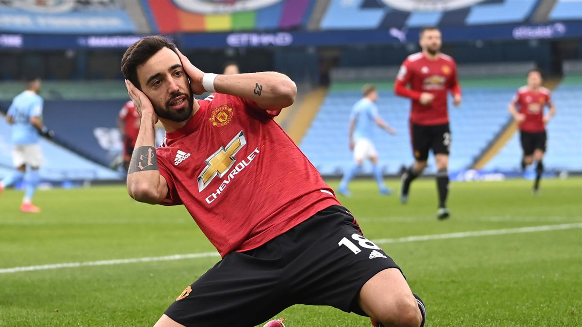 Бруну Фернандеш из «Манчестер Юнайтед» в матче против «Манчестер Сити»