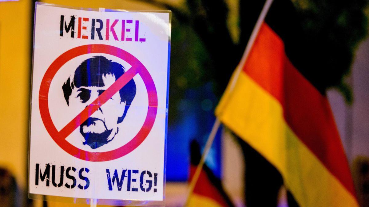 Ангела Меркель должна уйти