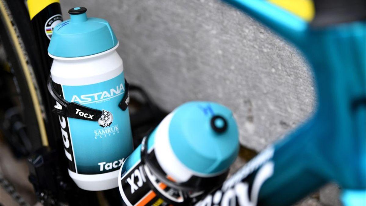 Borracce Artyom Zakharov dell'Astana al Giro di Turchia 2021 - Getty Images