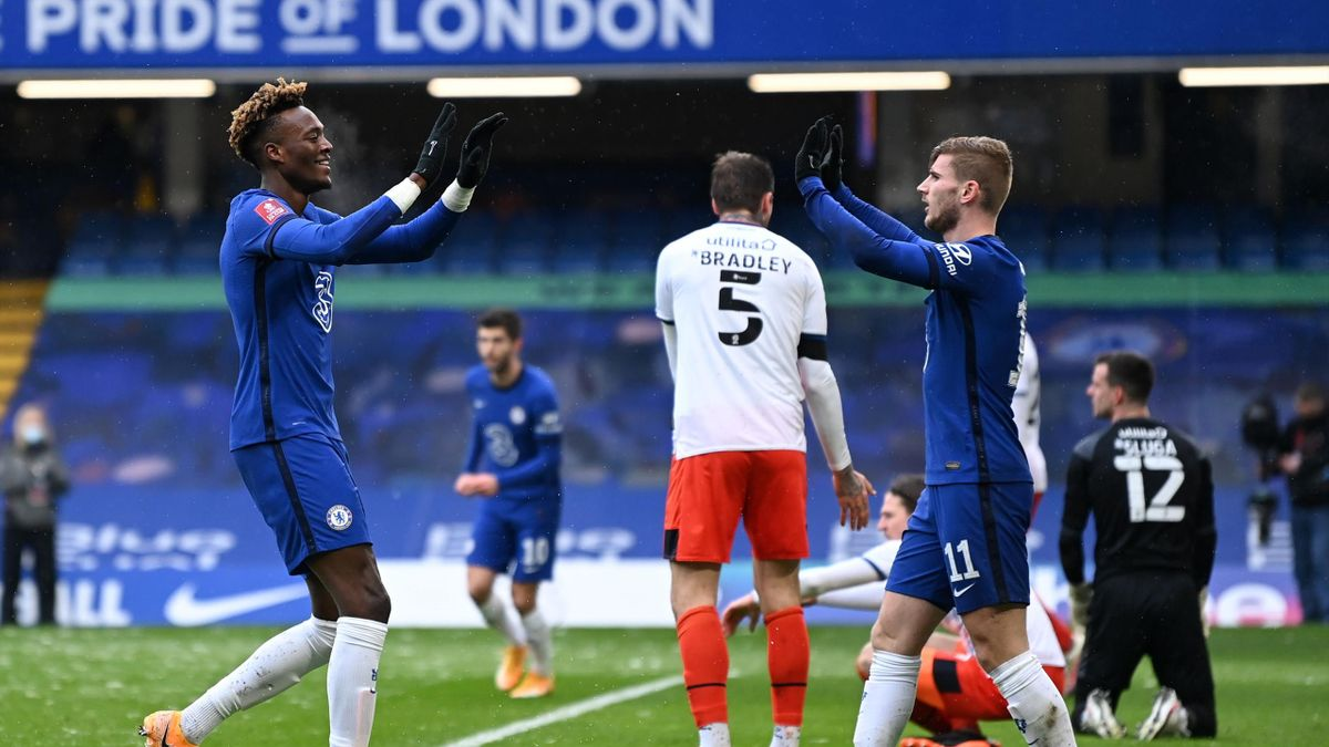 Tammy Abraham (links) traf dreifach für Chelsea gegen Luton - Timo Werner verschoss einen Foulelfmeter