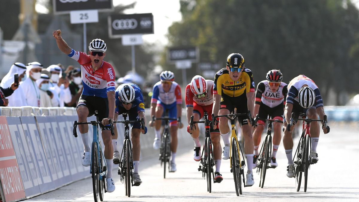 Mathieu van der Poel takes victory in stage 1 of the UAE Tour