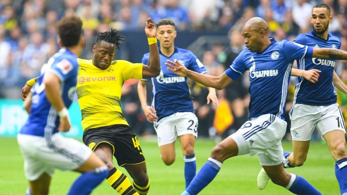 Batshuayi - Schalke 04-Borussia Dortmund - Bundesliga 2017/2018 - Getty Images