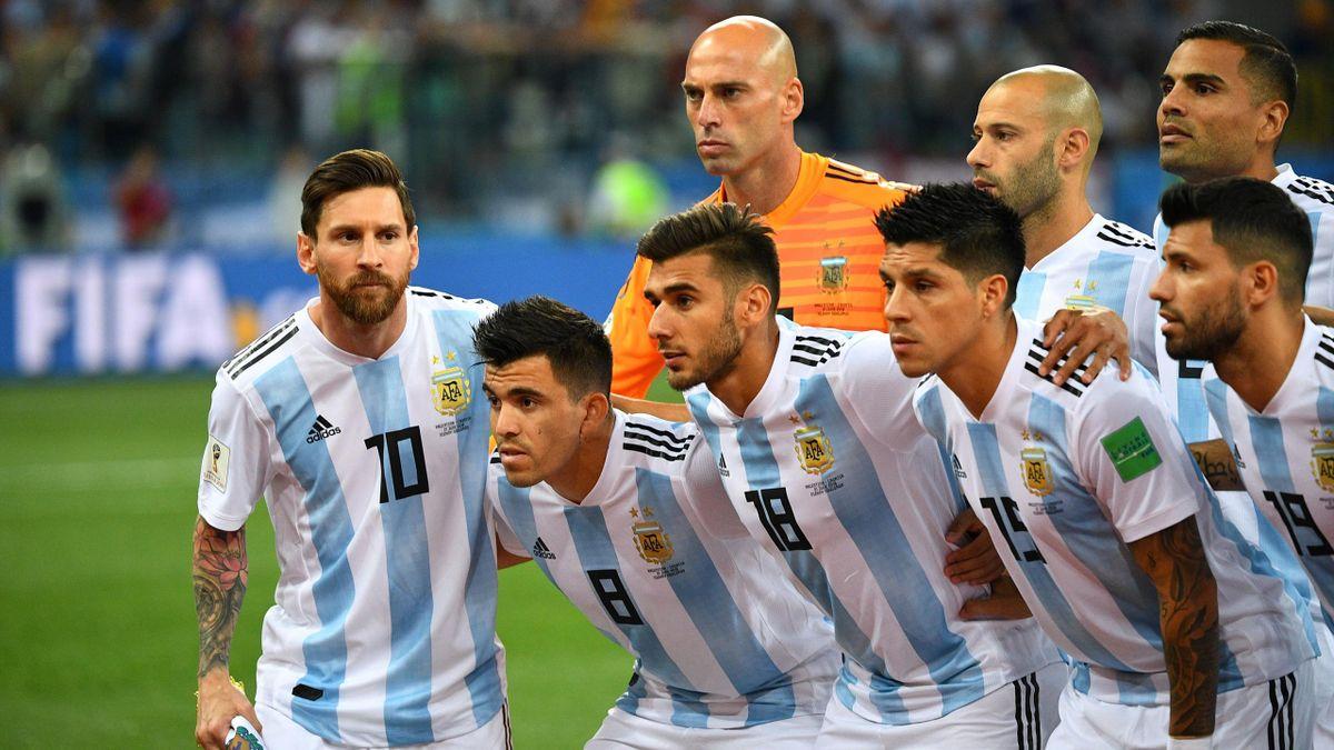 Lionel Messi avec ses coéquipiers avant le match contre la Croatie.