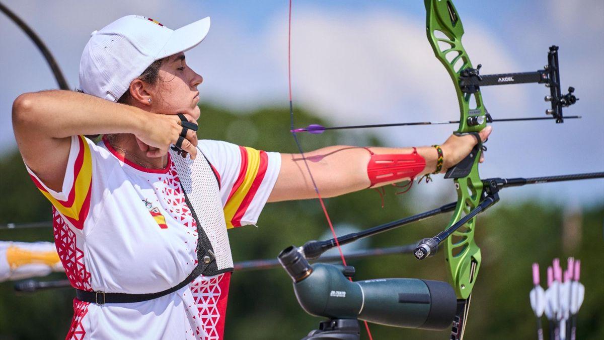 Inés de Velasco durante la ronda de ránking del tiro con arco en los Juegos Olímpicos de Tokio 2020