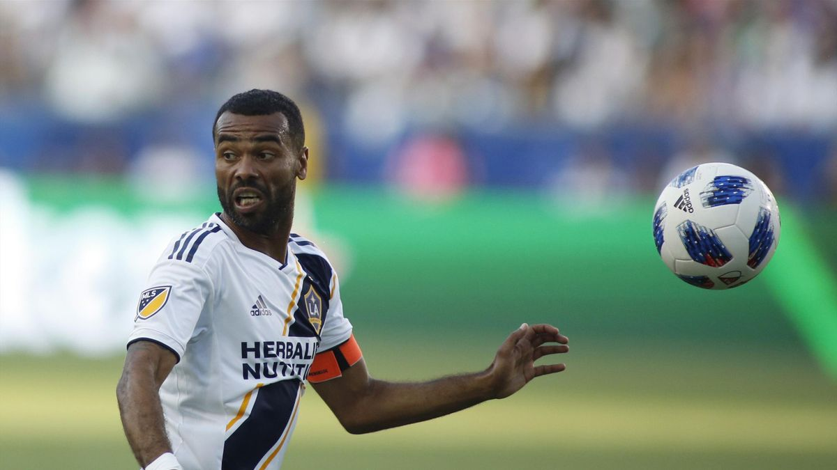 Ashley Cole #3 of the Los Angeles Galaxy dribbles the ball down the field at StubHub Center on July 29, 2018 in Carson, California.