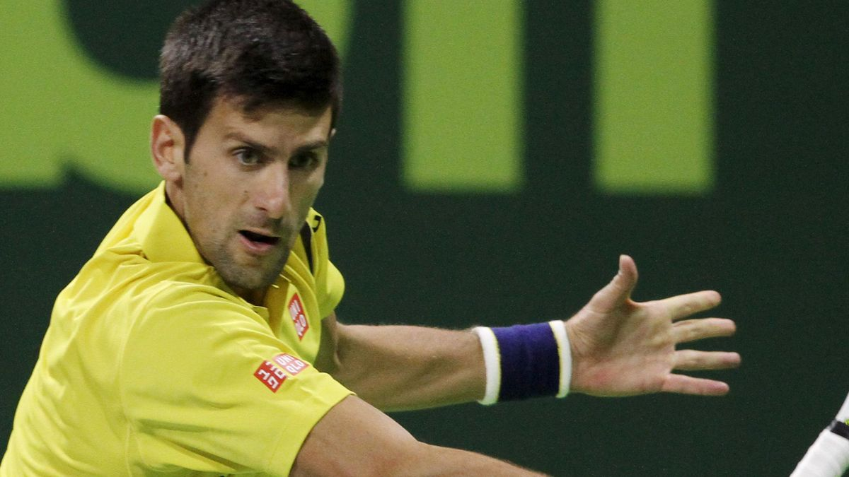 Djokovic returns to Verdasco