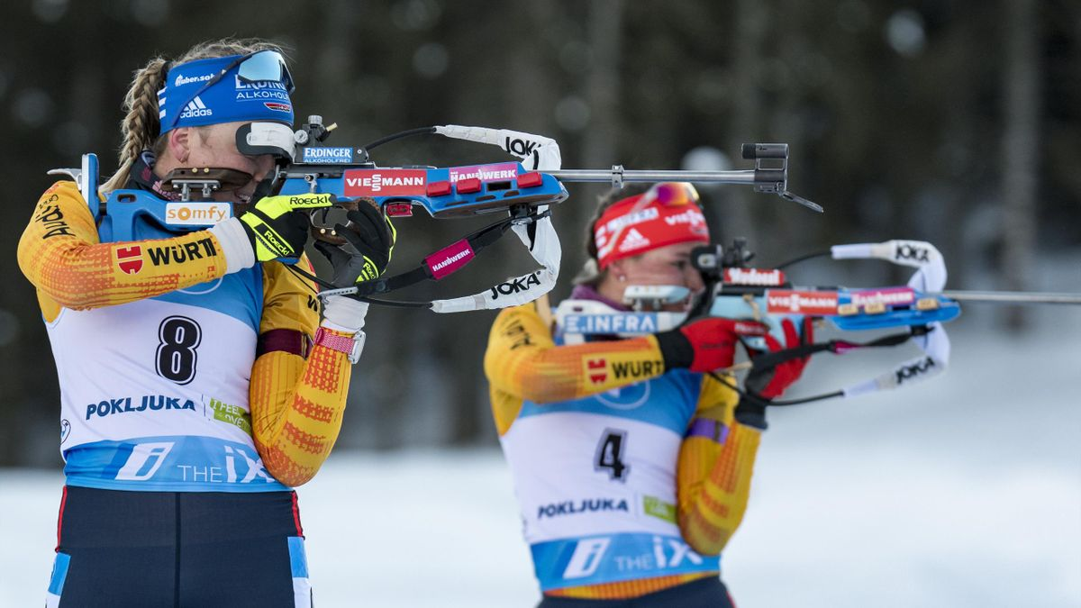 Franziska Preuß (links) und Denise Herrmann bei der Biathlon-WM in Pokljuka
