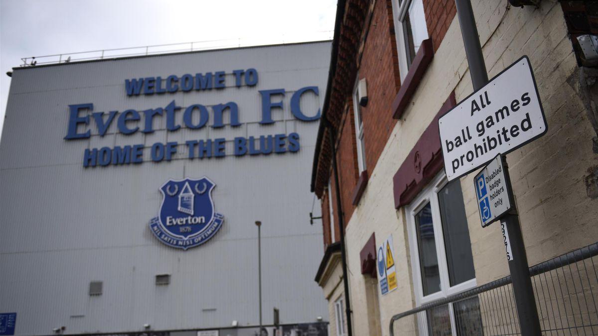 Goodison Park, Everton