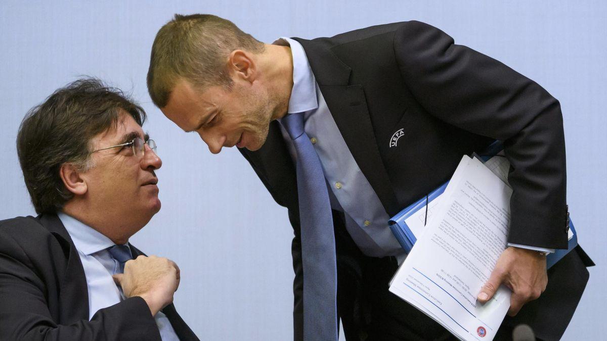 Il presidente della UEFA Alexander Ceferin a colloquio con il segretario generale Theodore Theodoridis