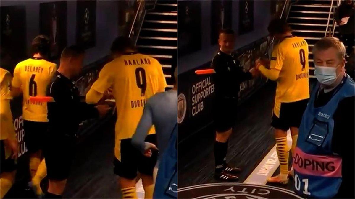 Champions, Il guardalinee chiede l'autografo a Haaland
