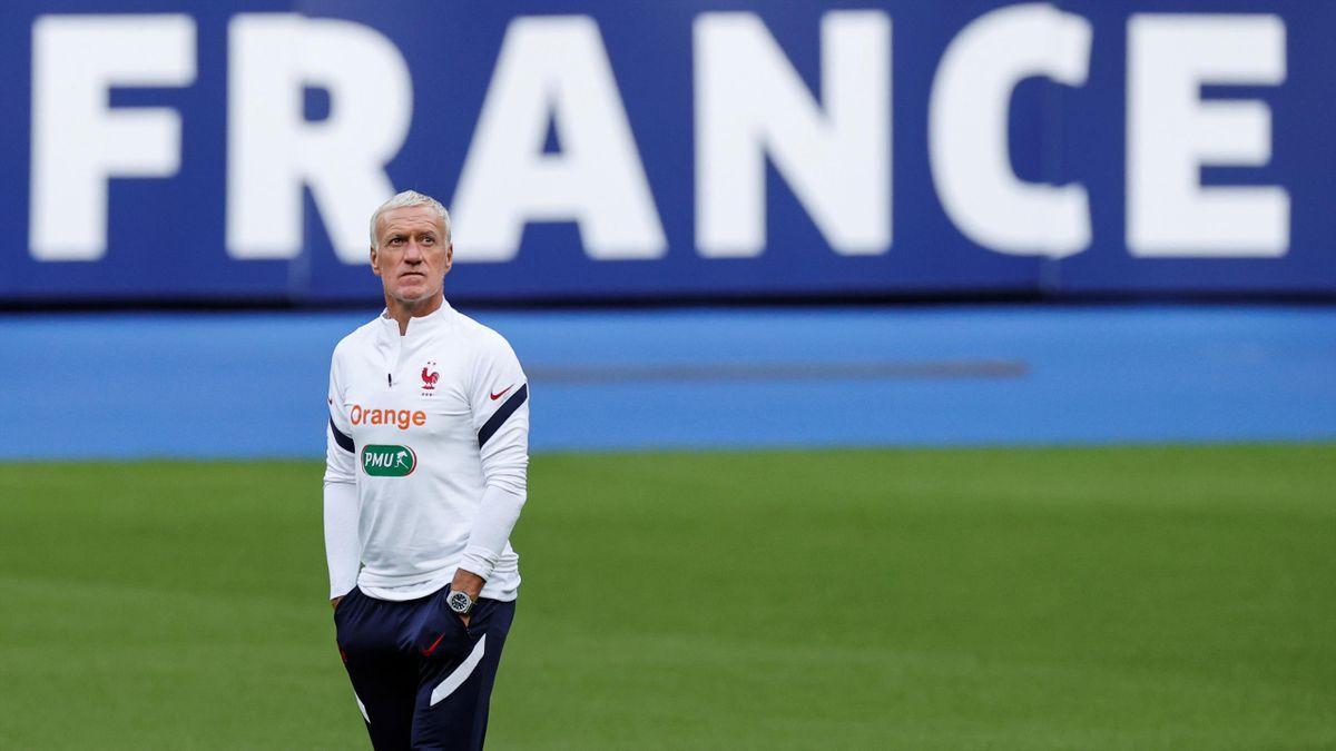 Didier Deschamps, sur la pelouse du Stade de France