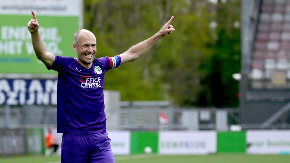 Arjen Robben bei seinem erfolgreichen Startelf-Debüt für den FC Groningen