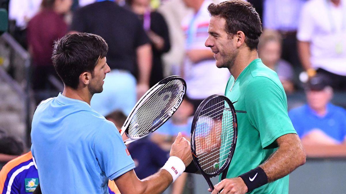 Novak Djokovic et Juan Martin Del Potro après la victoire du Serbe à Indian Wells.