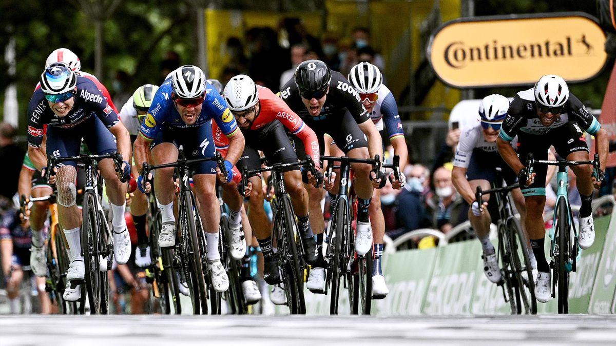 Tour de France  Mark Cavendish wint eerste Touretappe sinds 2016