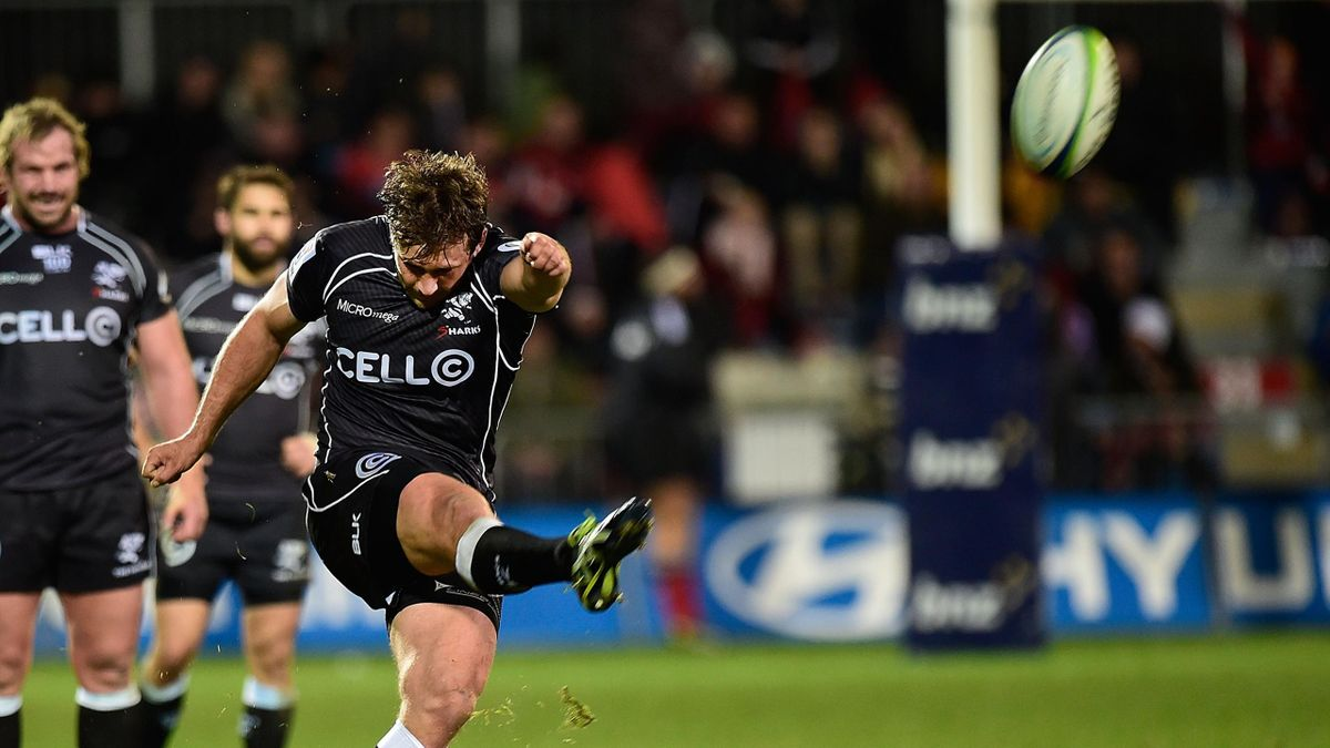 Francois Steyn of the Coastal Sharks kicks a conversion against the Canterbury Crusaders during their Super 15 rugby union match at AMI Stadium in Christchurch on May 17, 2014 (AFP)