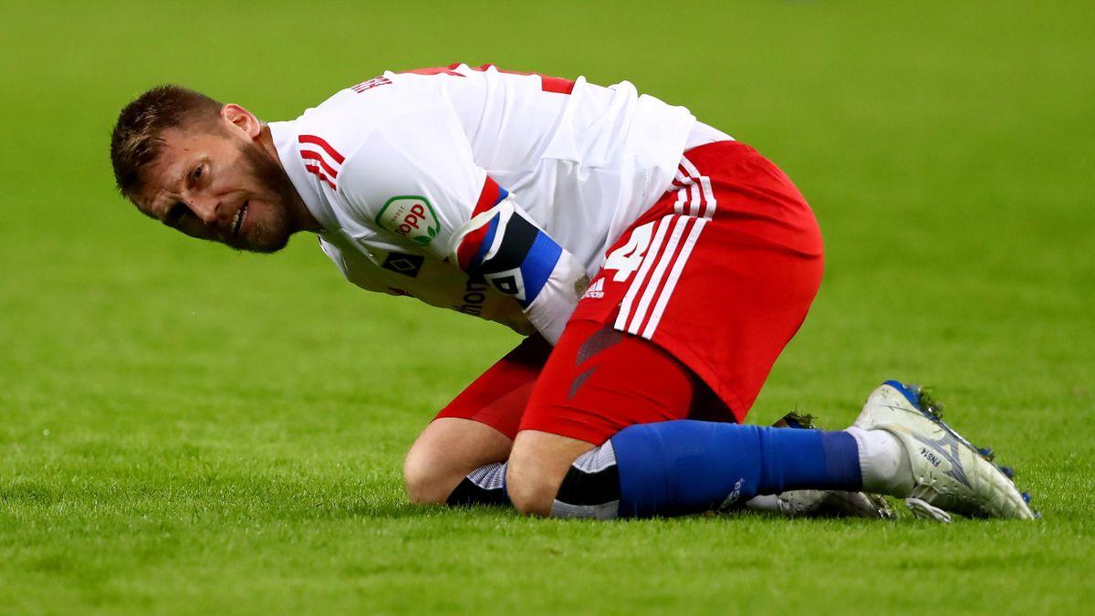 Aaron Hunt hat sich im Spiel gegen den Karlsruher SC einen Muskelfaserriss zugezogen