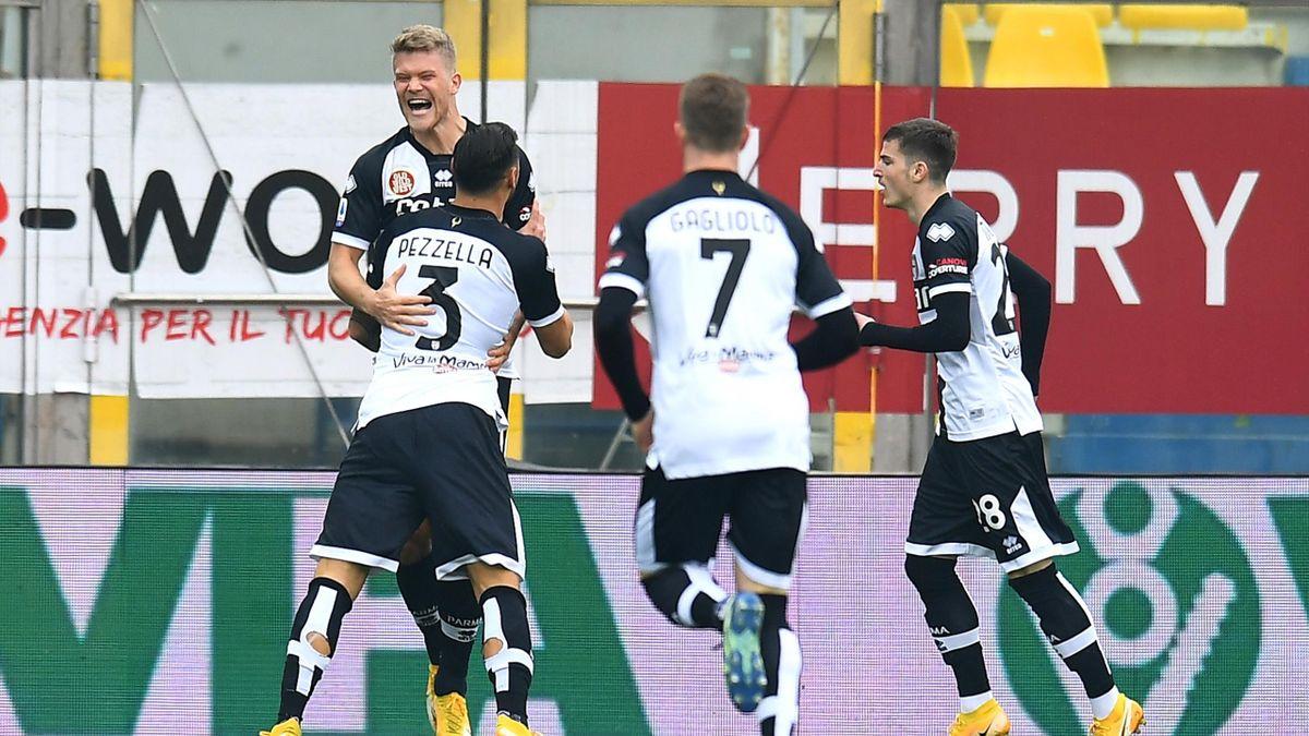Parma-Udinese, Serie A 2020-2021: Andreas Cornelius (Parma) esulta dopo il gol dell'1-0 (Getty Images)