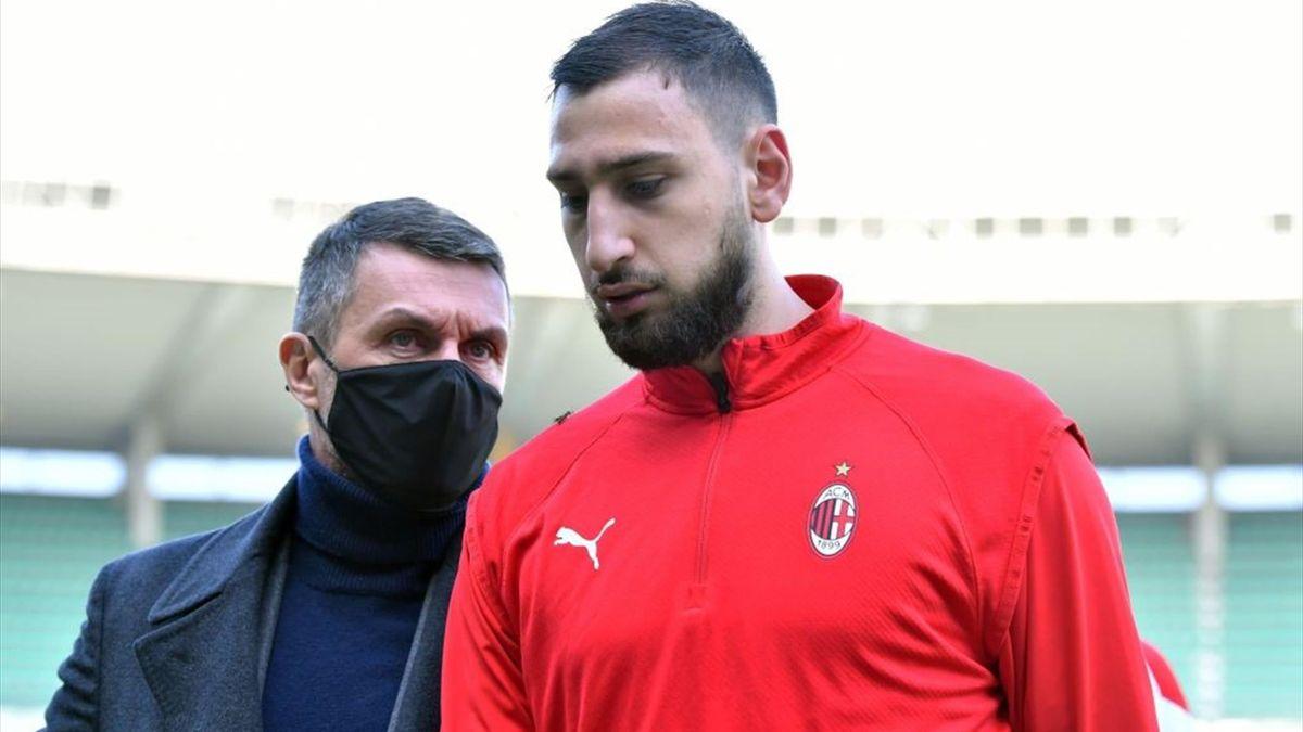 Maldini a colloquio con Donnarumma prima di Hellas Verona-Milan - Serie A 2020/2021 - Getty Images