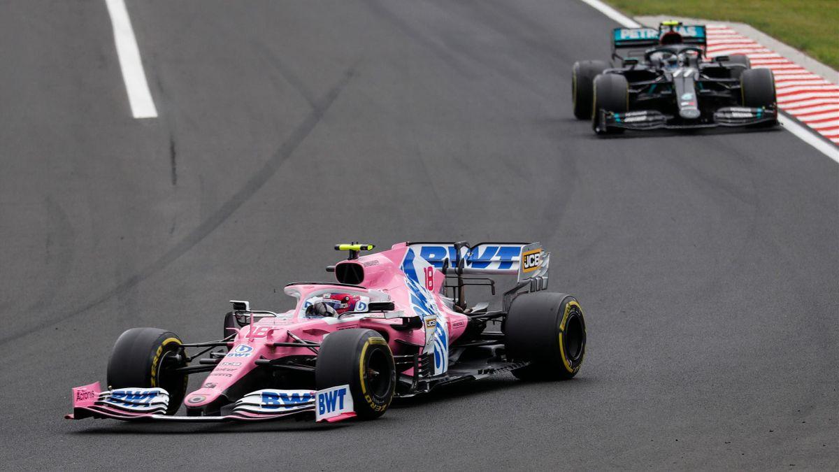 Lance Stroll im Racing Point (l.) vor Valtteri Bottas im Mercedes
