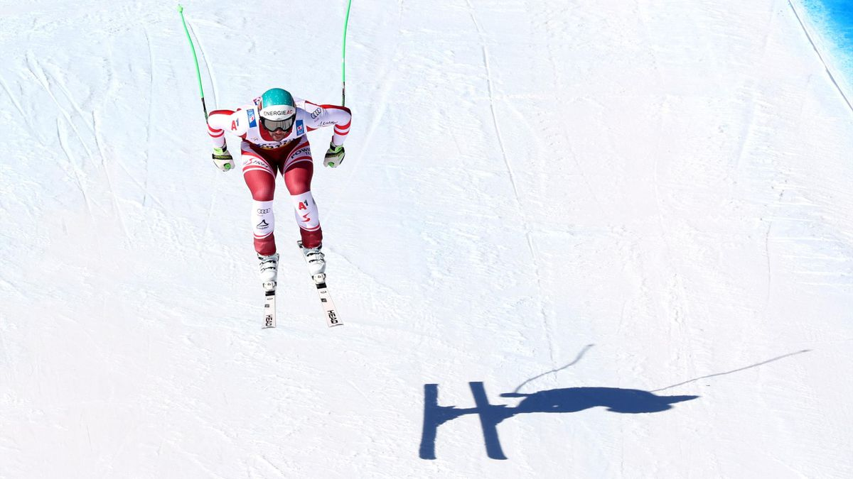 CORTINA D'AMPEZZO, ITALY - FEBRUARY 14: Vincent Kriechmayr of Austrua competes during the FIS World Ski Championships Men's Downhill on February 14, 2021 in Cortina d'Ampezzo, Italy. (Photo by Alexander Hassenstein/Getty Images)