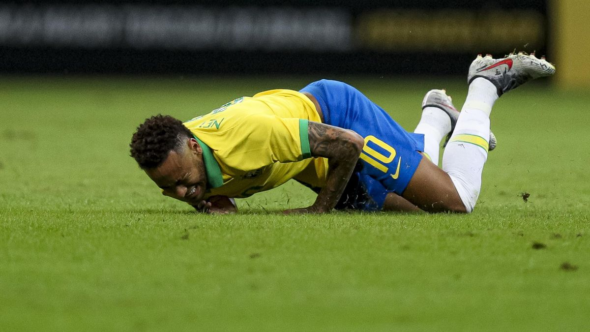 Neymar Jr. of Brazil reacts during the International Friendly Match between Brazil and Qatar at Mane Garrincha Stadium on June 5, 2019 in Brasilia