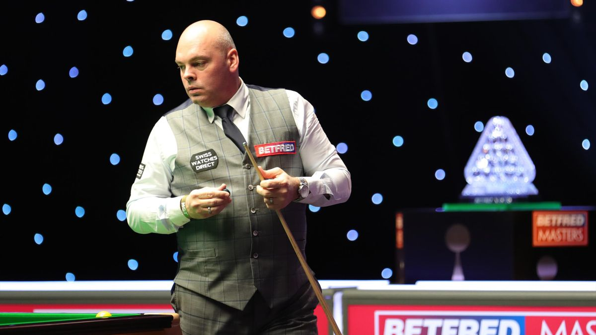 Stuart Bingham in action against Thepchaiya Un-Nooh in the 2020 Masters