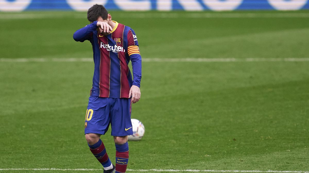 Lionel Messi tête basse lors du match opposant Barcelone à Cadix, le 21 février 2021, en Liga