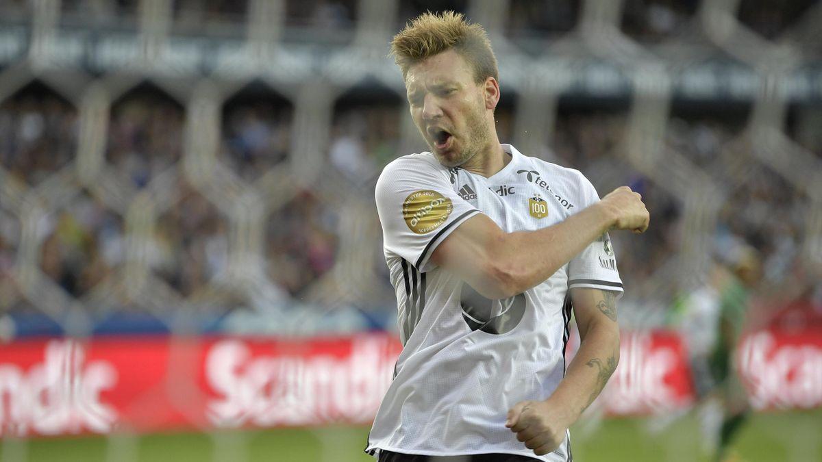 Niklas Bendtner Champions League