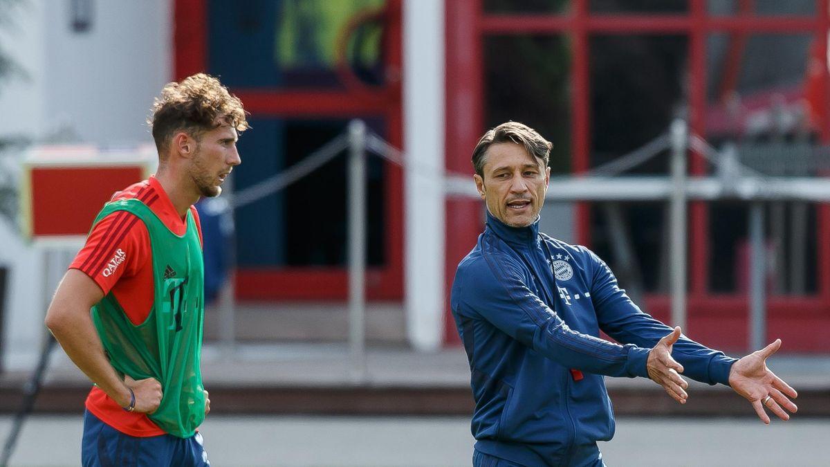 Leon Goretzka (l.) und Ex-Bayern-Trainer Niko Kovac (r.)