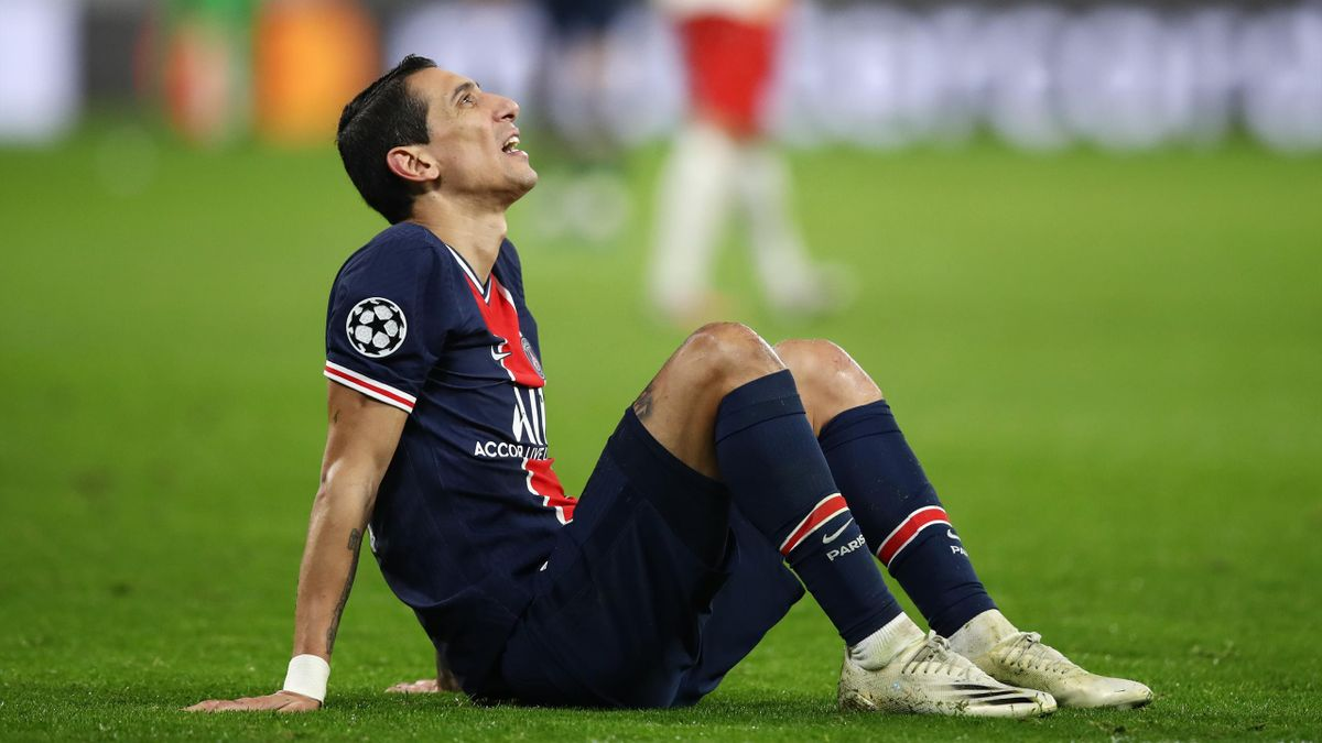 Angel Di Maria of Paris Saint-Germain reacts