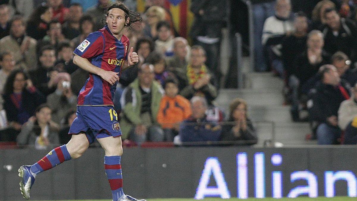 Lionel Messi en avril 2008 avec le Barça. L'Argentin portait alors le numéro 19