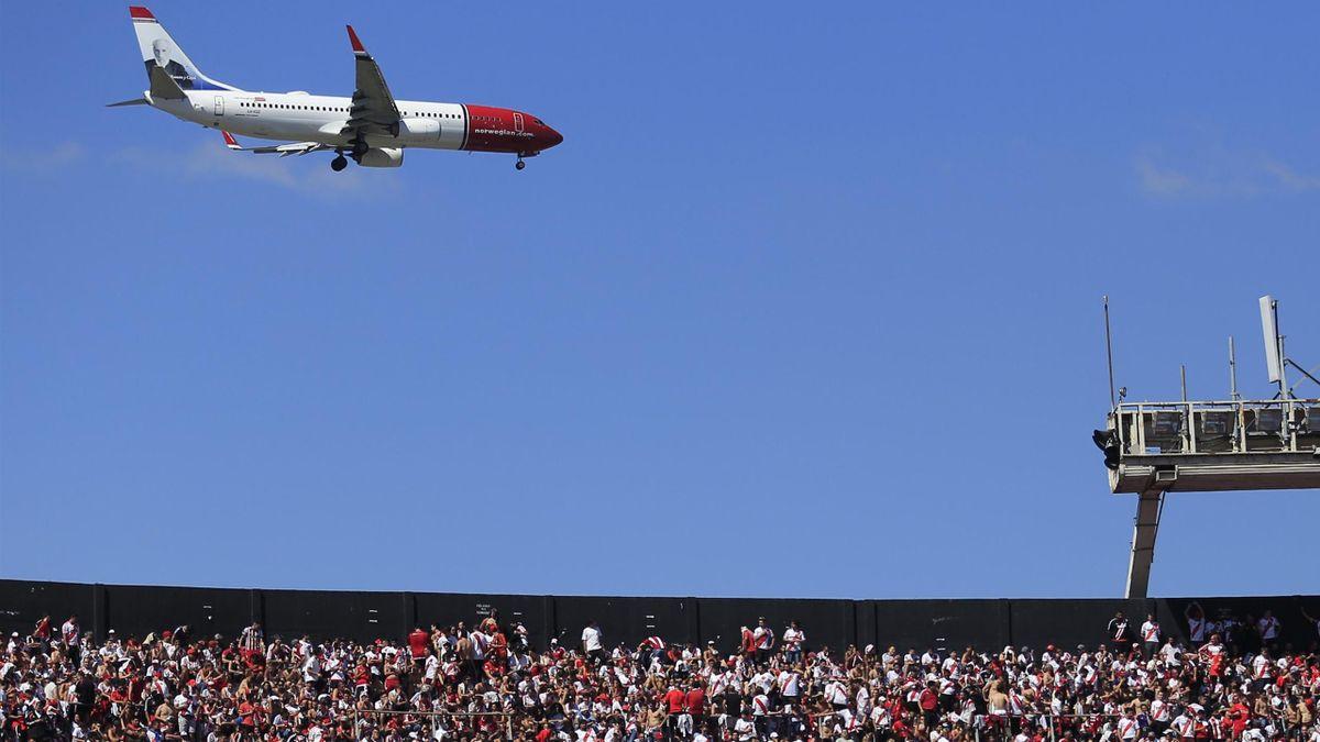 Avión en fútbol